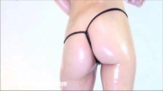 Oily Booty Shaking by Carmen Valentina
